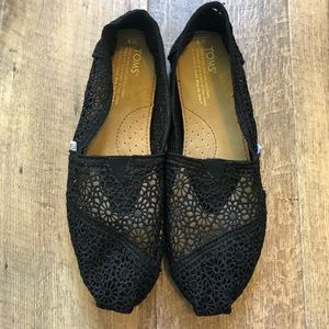 Toms | Black Floral Lace Slip on Shoes